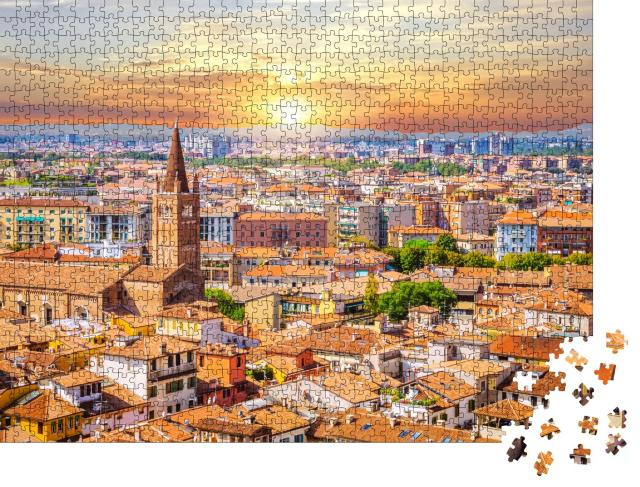 """Puzzle 1000 Teile """"Sonnenuntergang: Luftaufnahme von Verona, Venetien, Italien"""""""
