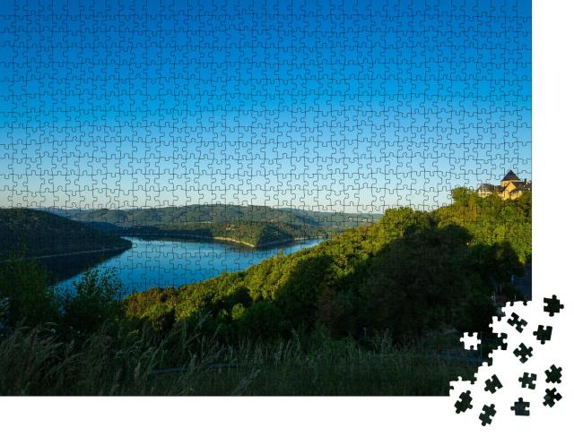 "Puzzle 1000 Teile ""Blick auf das Palais Waldeck am Edersee"""