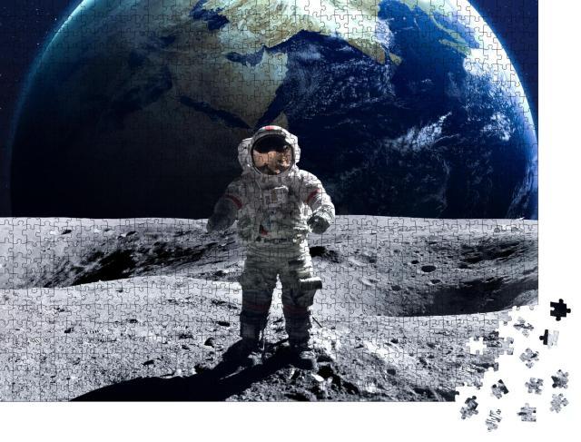 """Puzzle 1000 Teile """"Astronaut beim Weltraumspaziergang auf dem Mond, NASA"""""""