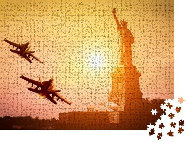 """Puzzle 1000 Teile """"New York: Fliegerstaffel zur Feier des 4. Juli"""""""
