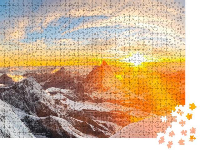 """Puzzle 1000 Teile """"Sonnenuntergang über Schweizer Gipfeln und dem Matterhorn"""""""