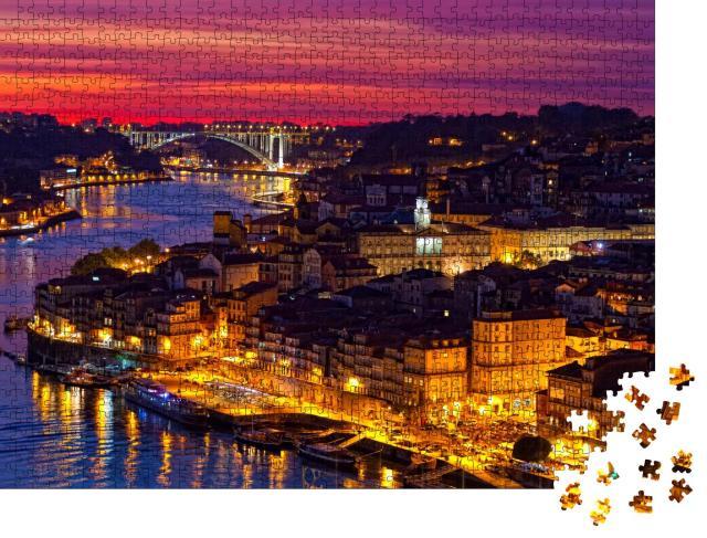 """Puzzle 1000 Teile """"Wunderschöne Altstadt von Porto im Sonnenuntergang, Portugal"""""""