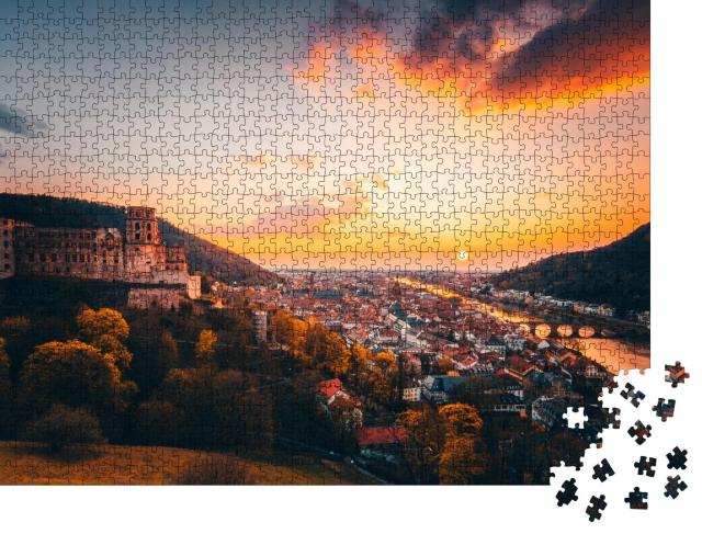 """Puzzle 1000 Teile """"Blick über Heidelberg im glühenden Sonnenuntergang"""""""