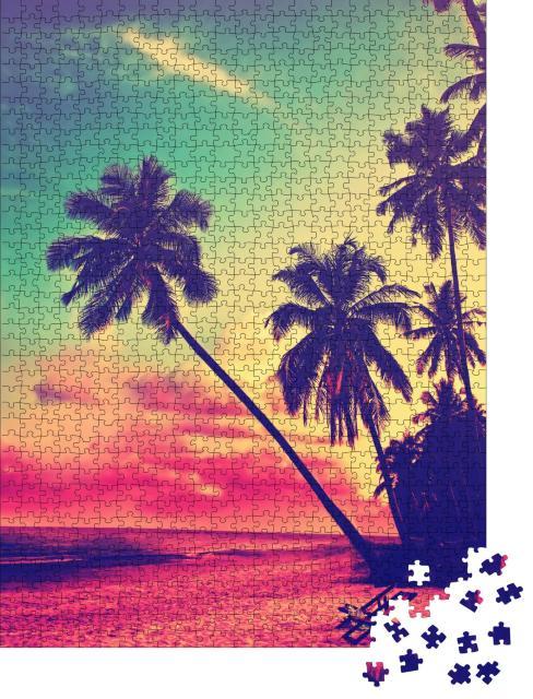 """Puzzle 1000 Teile """"Vintage-Style: Tropischer Strand mit Palmenshilouetten im Sonnenuntergang"""""""