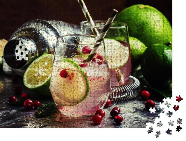 """Puzzle 1000 Teile """"Cranberry-Cocktail mit Limette und Eis"""""""