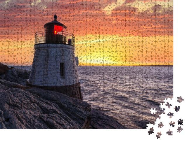 """Puzzle 1000 Teile """"Leuchtturm bei Sonnenuntergang in Orange"""""""