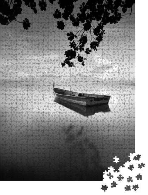"Puzzle 1000 Teile ""Traditionelles Fischerboot in Tumpat Kelantan, Malaysia, schwarz-weiß"""