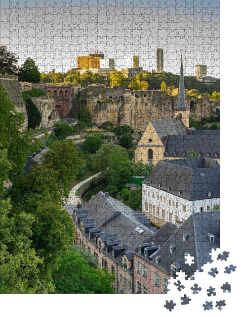 """Puzzle 1000 Teile """"Historische Gebäude im Stadtzentrum von Luxemburg"""""""