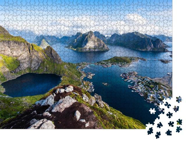 """Puzzle 1000 Teile """"Blick auf atemberaubende Berge der Lofoten, Norwegen"""""""