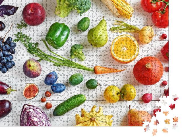 """Puzzle 1000 Teile """"Obst und Gemüse auf einem weißen Tisch"""""""