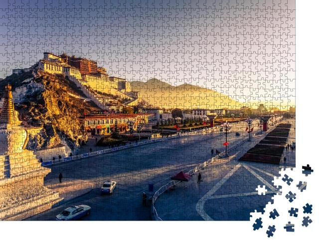 "Puzzle 1000 Teile ""Potala-Palast in der Abenddämmerung in Lhasa, Tibet"""