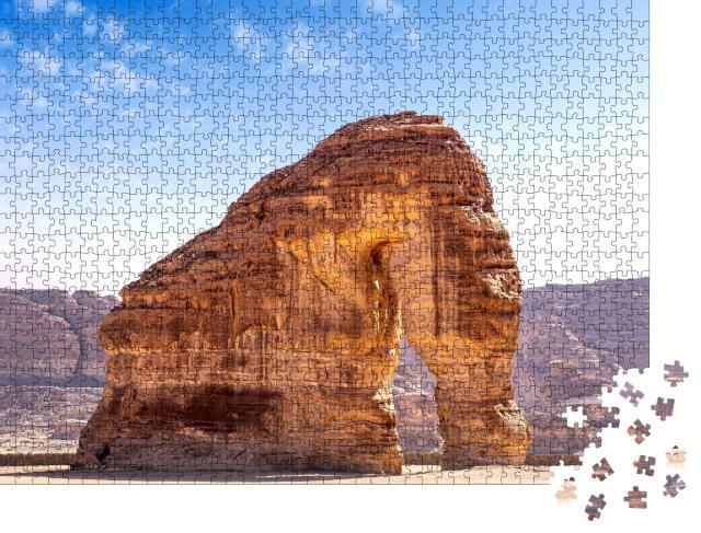 """Puzzle 1000 Teile """"Elefantenfelsen, spektakuläre geologische Formation in Saudi-Arabien"""""""