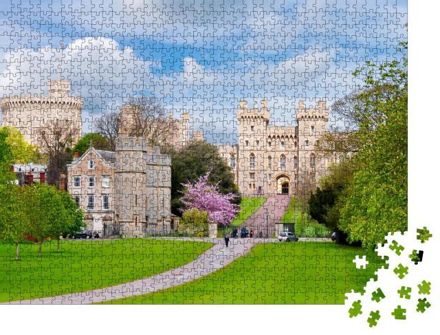 """Puzzle 1000 Teile """"Langer Spaziergang zum Schloss Windsor im Frühling, Vororte von London, UK"""""""