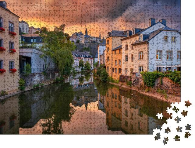 """Puzzle 1000 Teile """"Luxemburg Stadt, wunderschöne Aufnahme am Abend"""""""