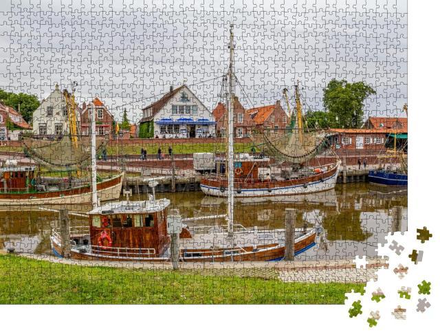 """Puzzle 1000 Teile """"Idyllische Hafenkulisse in Greetsiel, Ostfriesand, Deutschland"""""""