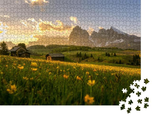 """Puzzle 1000 Teile """"Wunderschöner Sonnenaufgang über der Seiser Alm, Südtirol"""""""