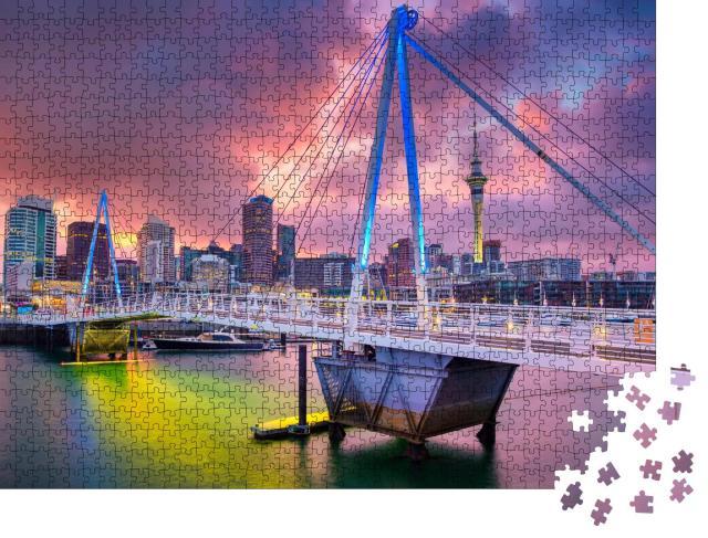 """Puzzle 1000 Teile """"Skyline von Auckland im Sonnenaufgang, Neuseeland"""""""