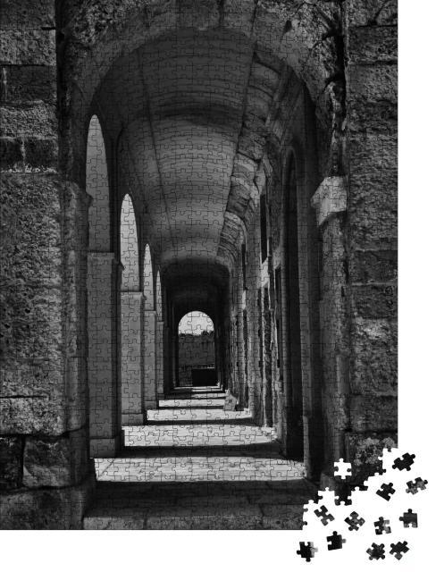 """Puzzle 1000 Teile """"Steinkorridor mit Säulen, Fort Manoel, Malta, schwarz-weiß"""""""