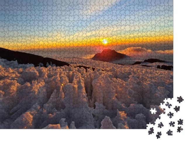 """Puzzle 1000 Teile """"Sonnenaufgang auf dem eisigen Gipfel des Kilimandscharo"""""""