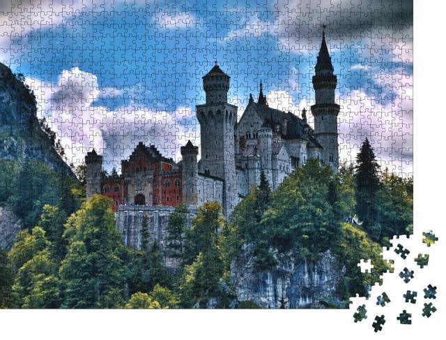 """Puzzle 1000 Teile """"Majestätisch: Schloss Neuschwanstein im Allgäu"""""""