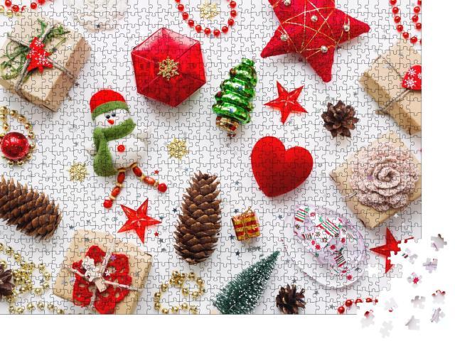 """Puzzle 1000 Teile """"Sortiment von Weihnachtsdekoration"""""""
