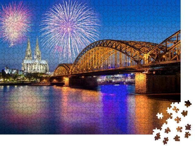 """Puzzle 1000 Teile """"Silvesterfeuerwerk am Kölner Dom mit Hohenzollernbrücke"""""""