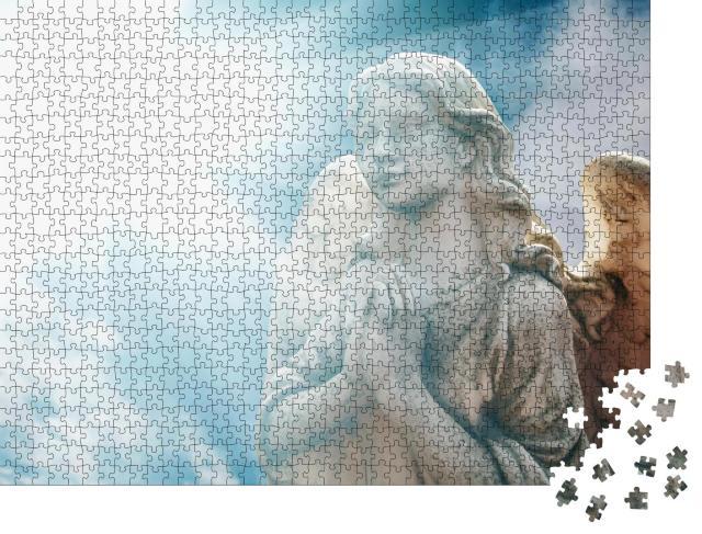 """Puzzle 1000 Teile """"Antike Statue eines wunderbaren Engels"""""""