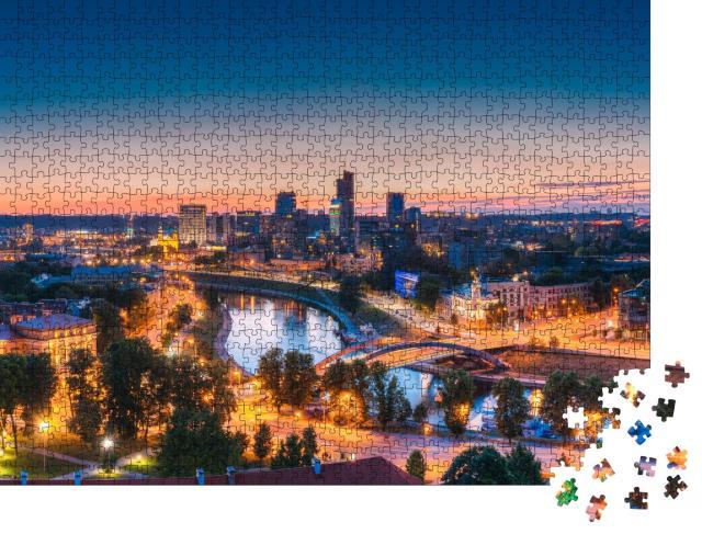 """Puzzle 1000 Teile """"Moderne Bürogebäude und Wolkenkratzer: Business District von Vilnius, Litauen"""""""