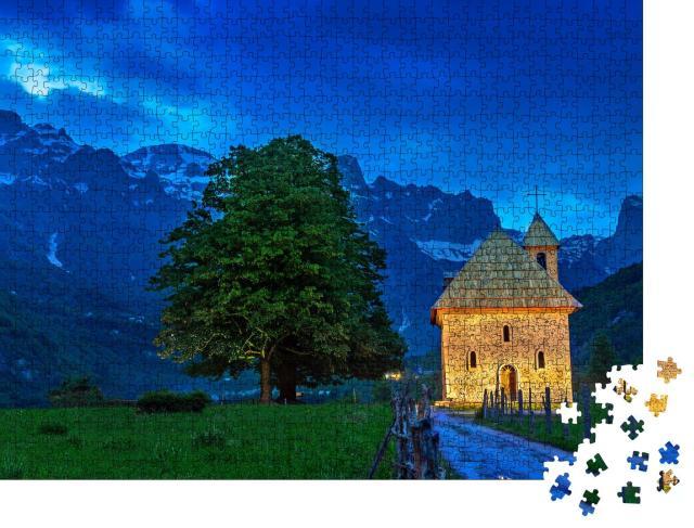 "Puzzle 1000 Teile ""Kirche im Dorf Thethi, Theth-Tal, Albanien"""