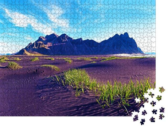 """Puzzle 1000 Teile """"Morgendämmerung am Berg Vestrahorn auf der Halbinsel Stokksnes, Island"""""""