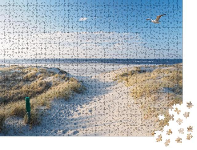 """Puzzle 1000 Teile """"Weißer Sandstrand und Dünen der Nordsee"""""""