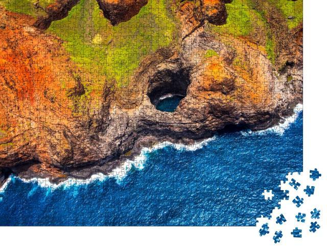 """Puzzle 1000 Teile """"Luftaufnahme der Na-Pali-Küste mit offener Höhle aus dem Hubschrauber, Kauai, Hawaii"""""""