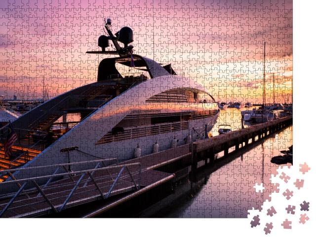 """Puzzle 1000 Teile """"Blick auf den Yachthafen in Pattaya, Thailand"""""""