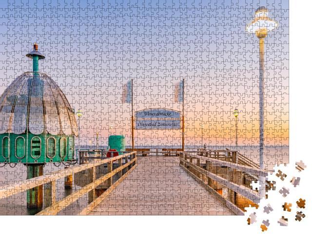 """Puzzle 1000 Teile """"Vineta-Brücke Ostseebad Zinnowitz und Taucherglocke auf Usedom, Deutschland"""""""