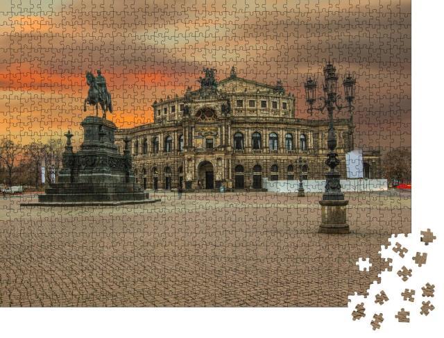 """Puzzle 1000 Teile """"Semperoper in Dresden, kurz nach Sonnenuntergang"""""""