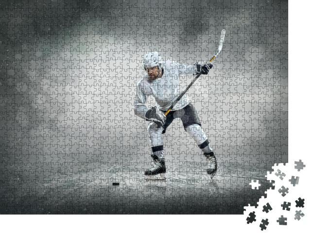 """Puzzle 1000 Teile """"Eishockeyspieler auf dem Eis im Freien"""""""