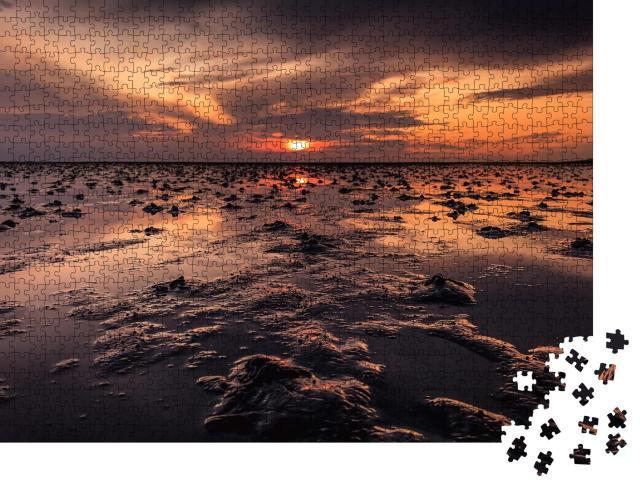 """Puzzle 1000 Teile """"Wunderschöner Sonnenuntergang über dem Wattenmeer, Büsum, Deutschland"""""""