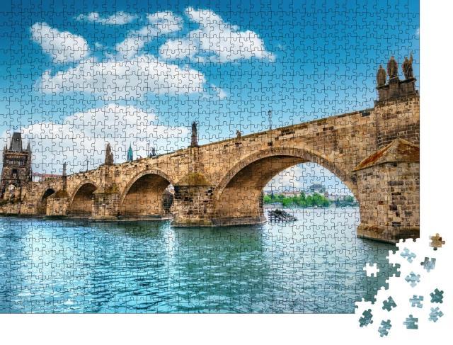 """Puzzle 1000 Teile """"Karlsbrücke, Prag, über dem blauen Wasser der Moldau"""""""