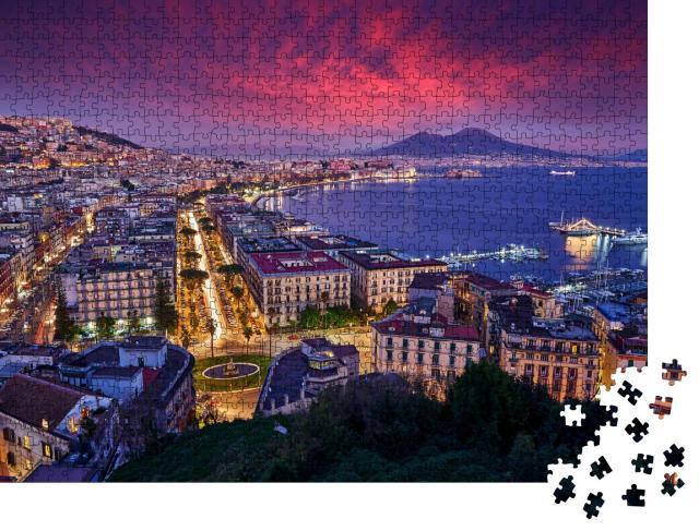 "Puzzle 1000 Teile ""Dämmerung mit rosa Sonnenuntergang über Neapel, Italien"""