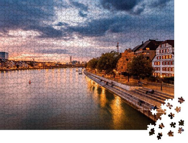 """Puzzle 1000 Teile """"Basel am Rhein im Sonnenuntergang, Schweiz"""""""
