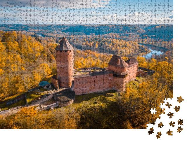 """Puzzle 1000 Teile """"Sonnenuntergang über der Burg Turaida, Sigulda, Lettland"""""""