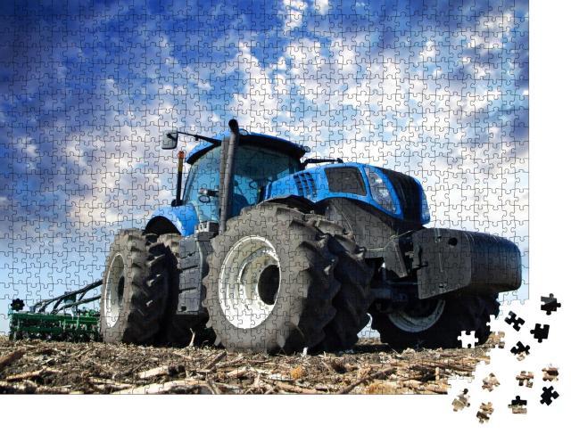 """Puzzle 1000 Teile """"Landwirtschaftliche Maschinen in der Arbeit: Traktor auf dem Feld"""""""