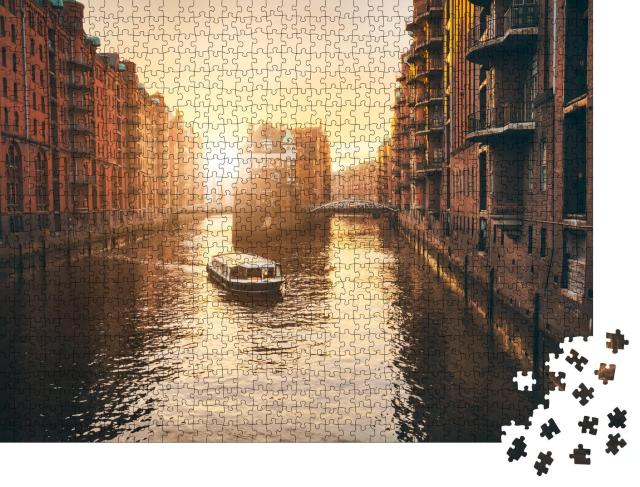 """Puzzle 1000 Teile """"Sonnenuntergang über der Hamburger Speicherstadt"""""""