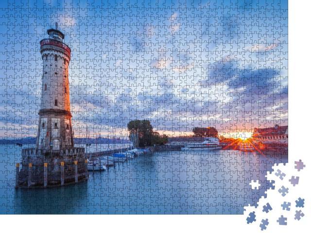 """Puzzle 1000 Teile """"Leuchtturm im Hafen von Lindau, Bodensee, Bayern"""""""