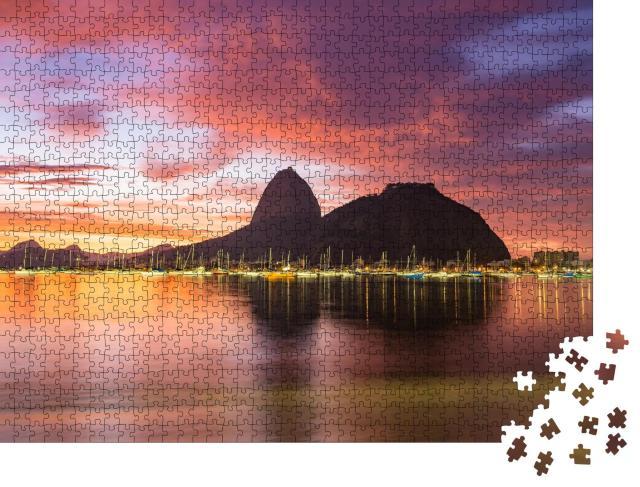 """Puzzle 1000 Teile """"Sonnenaufgang: Blick auf Rio de Janeiro mit Berg Zuckerhut"""""""