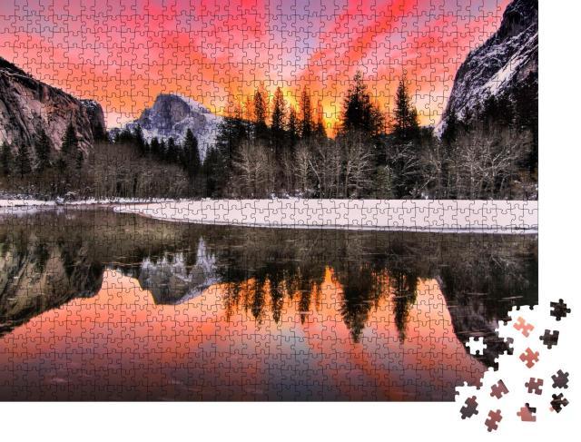 """Puzzle 1000 Teile """"Spektakulärer Sonnenaufgang im Winter,  Yosemite National Park, Kalifornien, USA"""""""