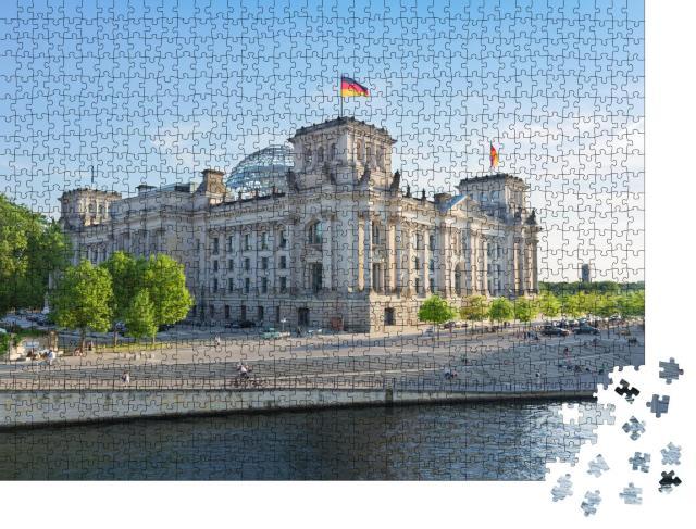 """Puzzle 1000 Teile """"Reichstagsgebäude und Spree in Berlin"""""""