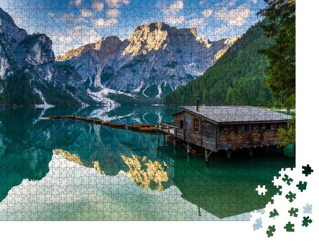 """Puzzle 1000 Teile """"Pragser Wildsee in den Dolomiten, Naturpark Fanes-Sennes-Prags, Dolomiten"""""""