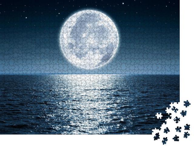 """Puzzle 1000 Teile """"ÜbeVollmond, der nachts über dem ruhigen Meer aufgeht, Sterne"""""""