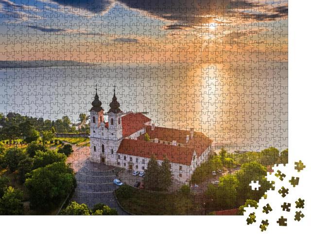 """Puzzle 1000 Teile """"Benediktinerkloster von Tihany am Balaton, Ungarn"""""""
